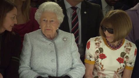 The Queen Attends London Fashion Week, Sits Next to 'Vogue