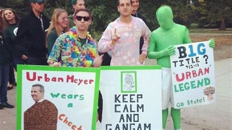 'College GameDay' signs: Best photos from Ohio State vs