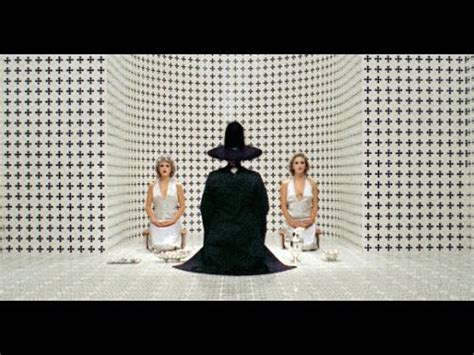 The Holy Mountain is AMAZING   REVIEW & ANALYSIS - YouTube